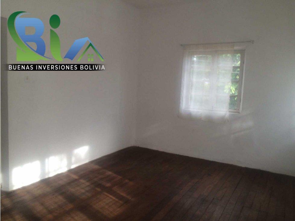 Casa en Alquiler $us 700.- CASA IDEAL OFICINA/VIVIENDA ZONA CENTRAL Foto 14