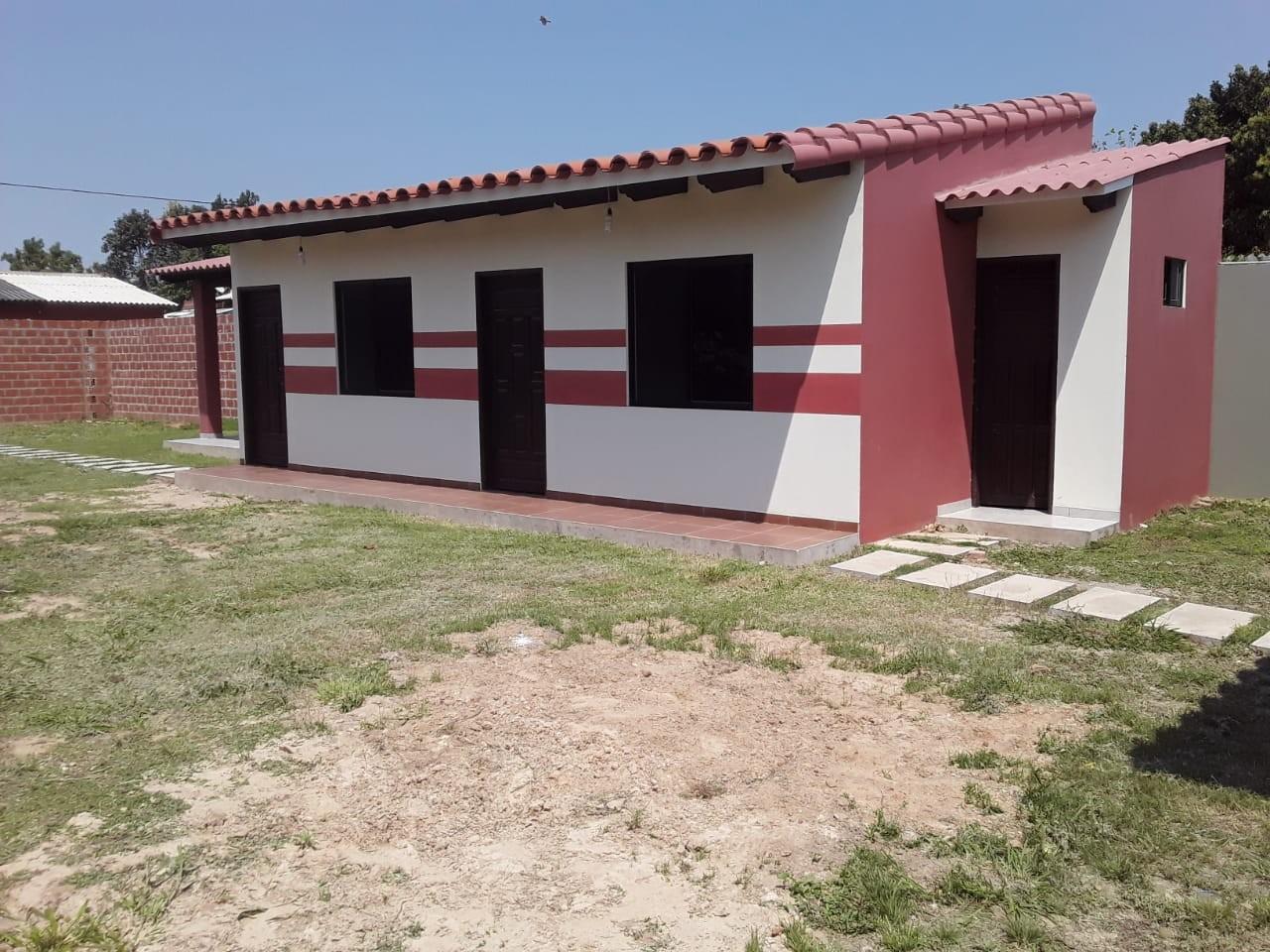 Casa en Venta URBANIZACION LOS PIYOS DOBLE VIA LA GUARDIA KM 9 Foto 5