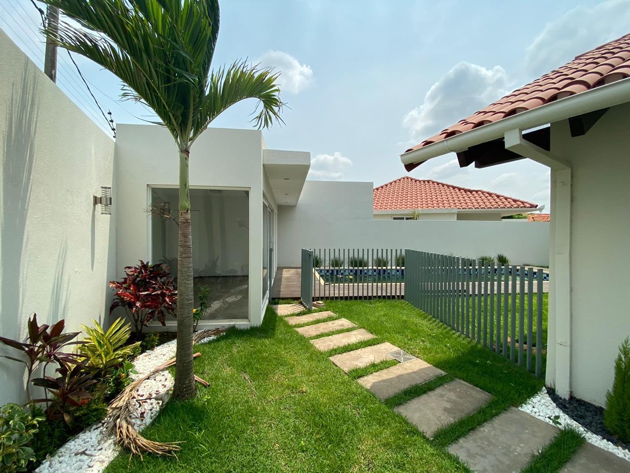 Casa en Alquiler LINDA CASA EN ALQUILER EN CONDOMINIO LAS PALMAS II Foto 22