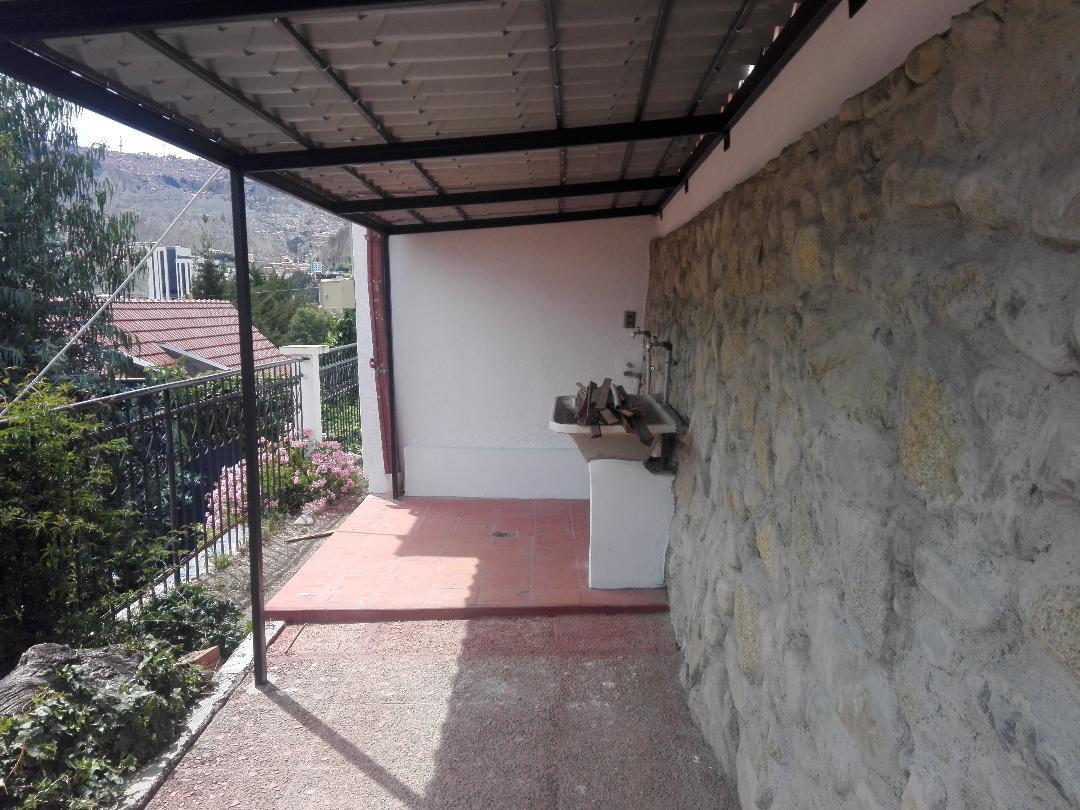 Departamento en Anticretico Prolongacion calle 6 obrajes Obrajes, La Paz  Foto 2