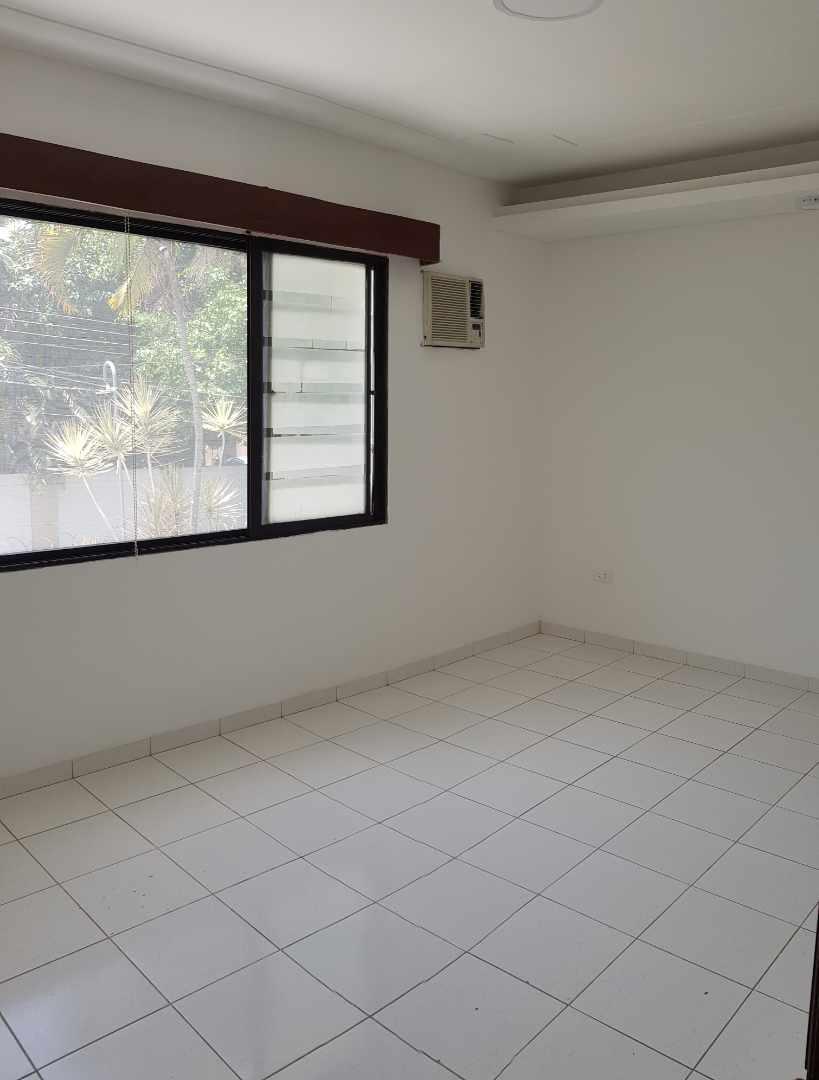 Casa en Alquiler LINDA CASA EN URBARI-  2 DORMITORIOS  Sus. 600.- Foto 14