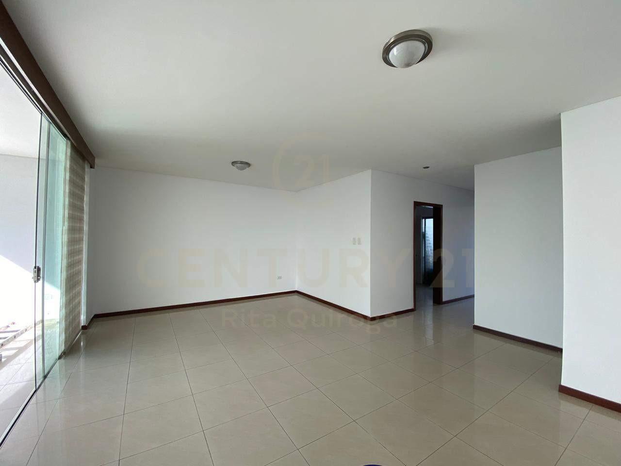 Casa en Alquiler 4to. Anillo, zona Sirari Foto 6