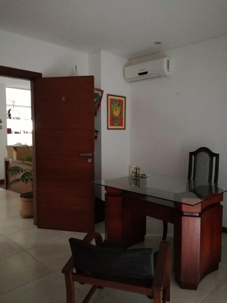 Casa en Alquiler Condominio exclusivo a pocos minutos del puente Urubó  Foto 25