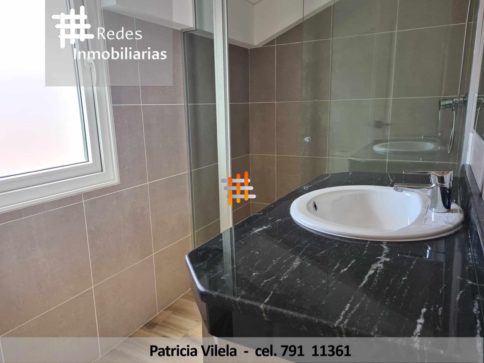 Casa en Venta PRECIOSA CASA EN VENTA CERCA DE UNIVERSIDAD PRIVADA BOLIVIANA  Foto 11