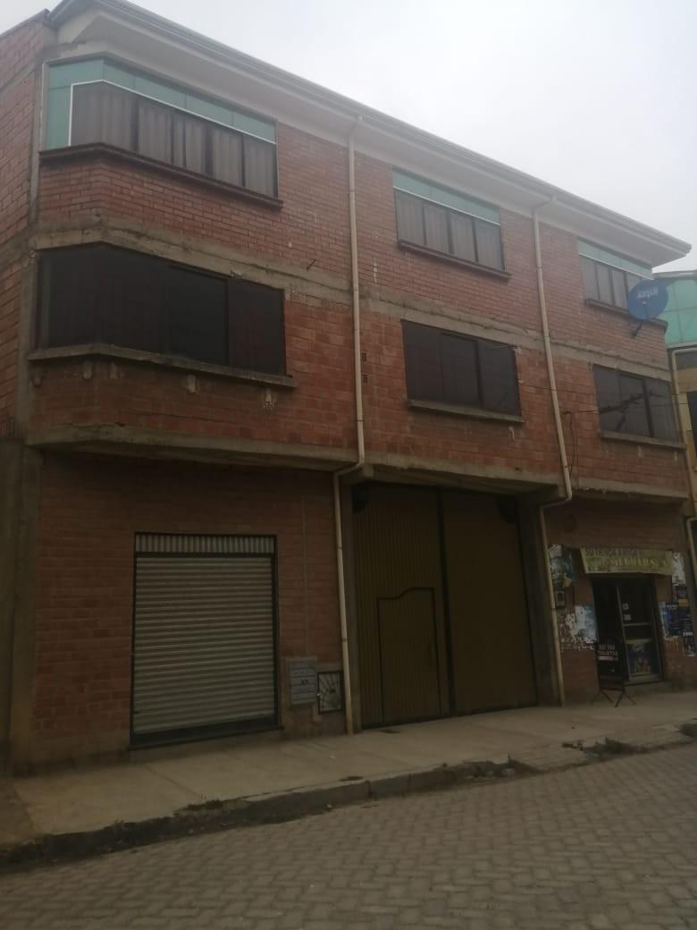 Casa en Venta Av. Tupac Amaru #3255, Zona Nueva Jerusalén Río Seco, ciudad De el Alto  Foto 2