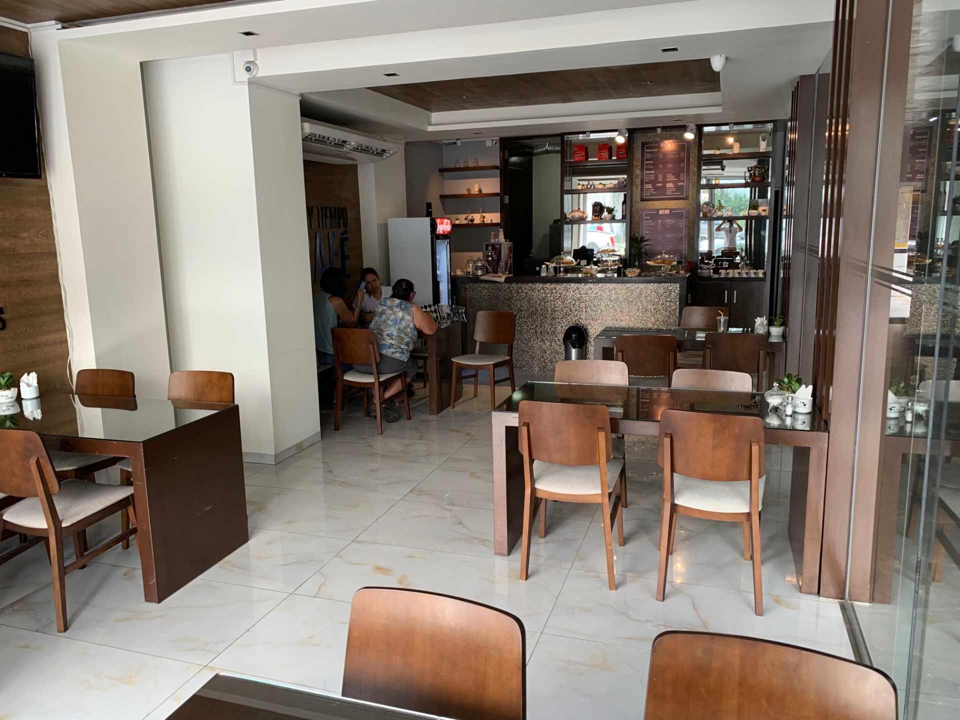 Oficina en Venta Calle Beni entre 1er y 2do Anillo Foto 8