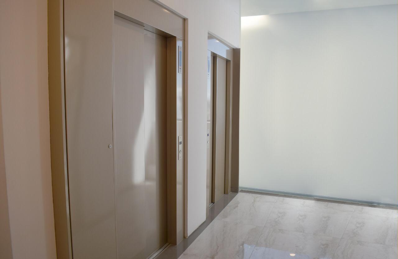 Oficina en Venta Oficina 591 m2 Sopocachi Foto 3