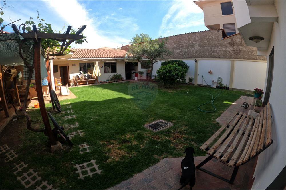 Casa en Venta 2525 Los Cedros - Los Cedros Alto Mirador - Norte - Cochabamba Foto 11