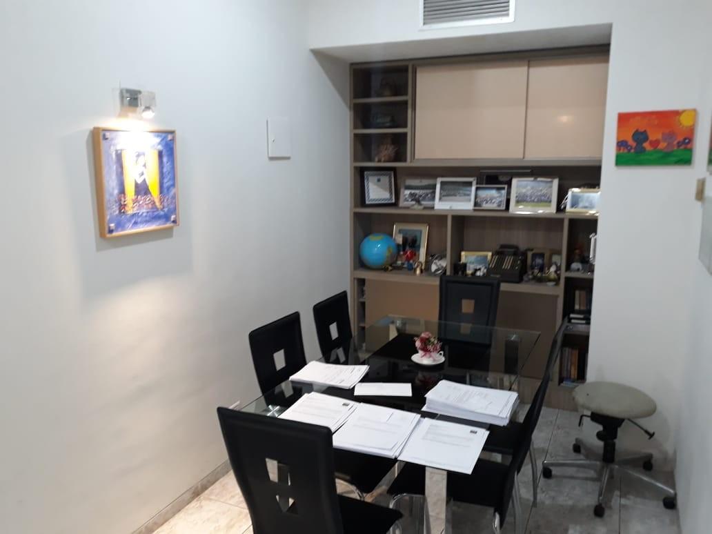 Oficina en Venta Av. Cristobal de Mendoza N°214, esquina calle Libertad Foto 12