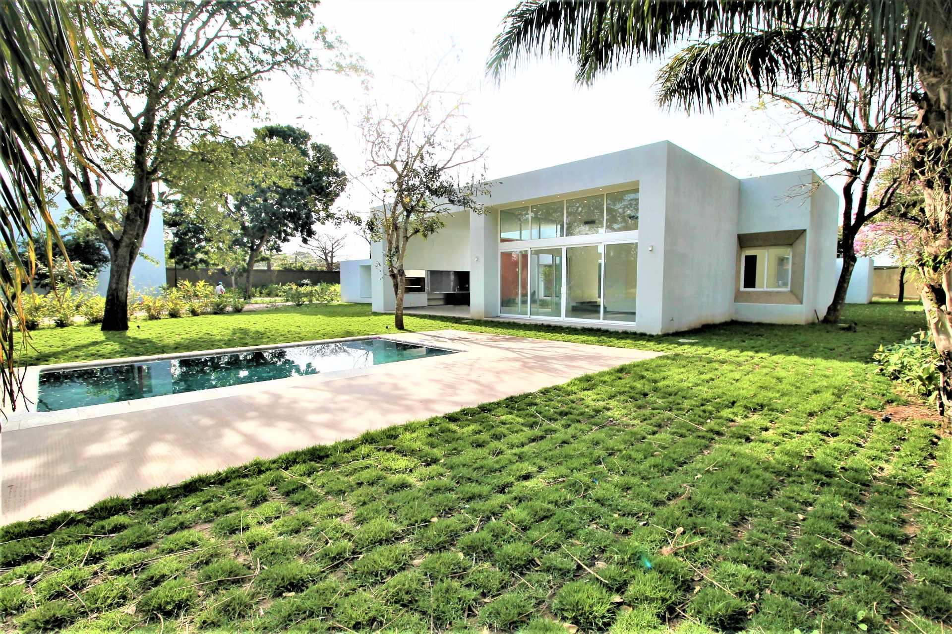 Casa en Alquiler Av. Pirai 5to Anillo - Condominio Cerrado Foto 6