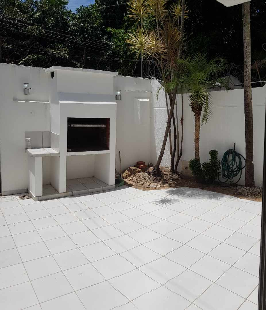 Casa en Alquiler LINDA CASA EN URBARI-  2 DORMITORIOS  Sus. 600.- Foto 2