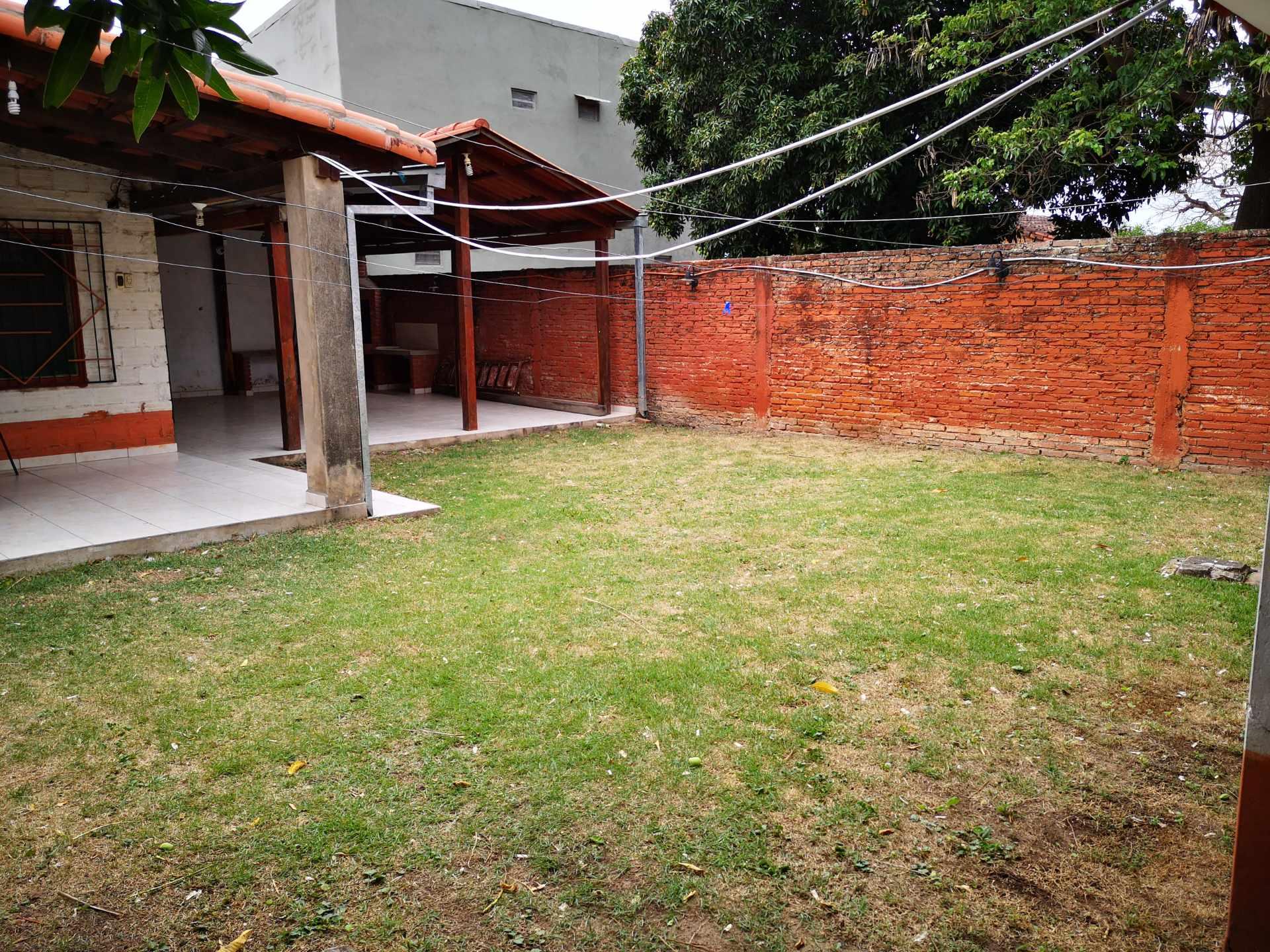 Casa en Alquiler Entre 4to y 5to anilo, entre Radial 10 y Av Sudamericana Calle Asoka Foto 2