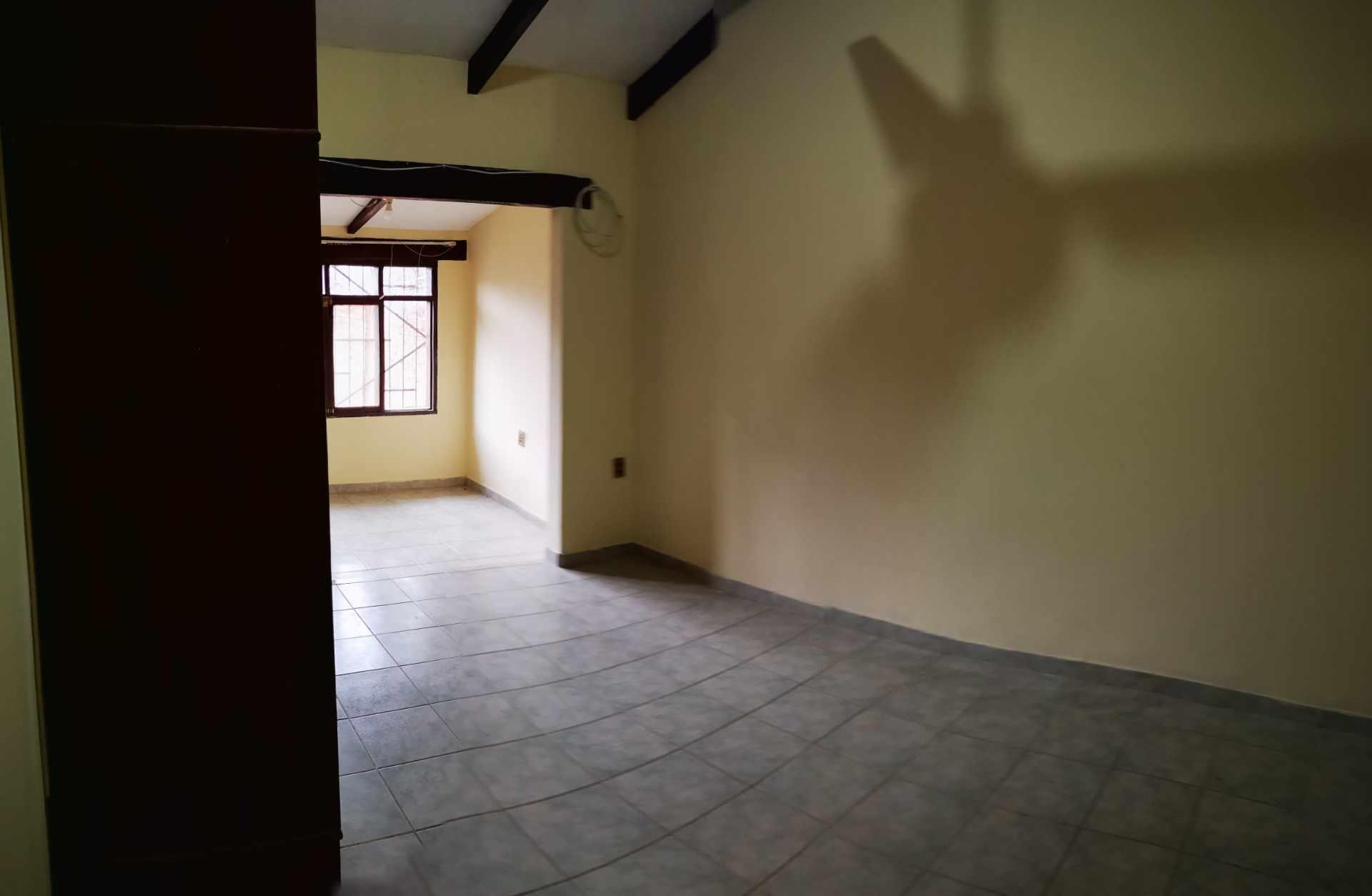 Casa en Alquiler Entre 4to y 5to anilo, entre Radial 10 y Av Sudamericana Calle Asoka Foto 12