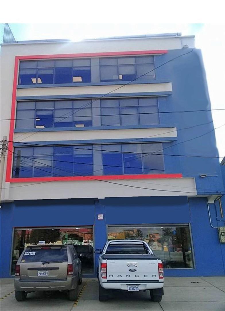 Edificio en Venta Avenida 6 de marzo Nro. 9, Urbanización Villa Rosas Pampa cerca del puente Bolivia. Foto 4