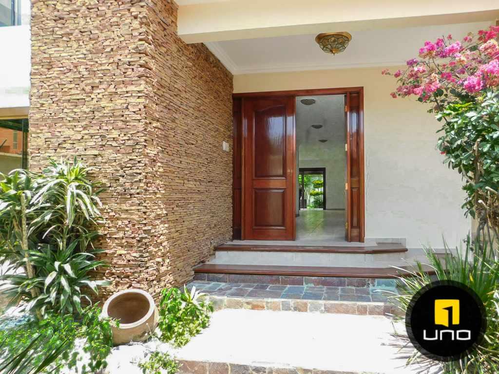 Casa en Venta Hermosa casa en venta en Equipetrol Foto 12