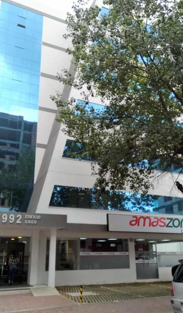 Oficina en Alquiler CALACOTO Calle 12 esquina Sanchez Bustamante. A 1 cuadra de Av. Ballivián.  Edificio de Amaszonas. Foto 3