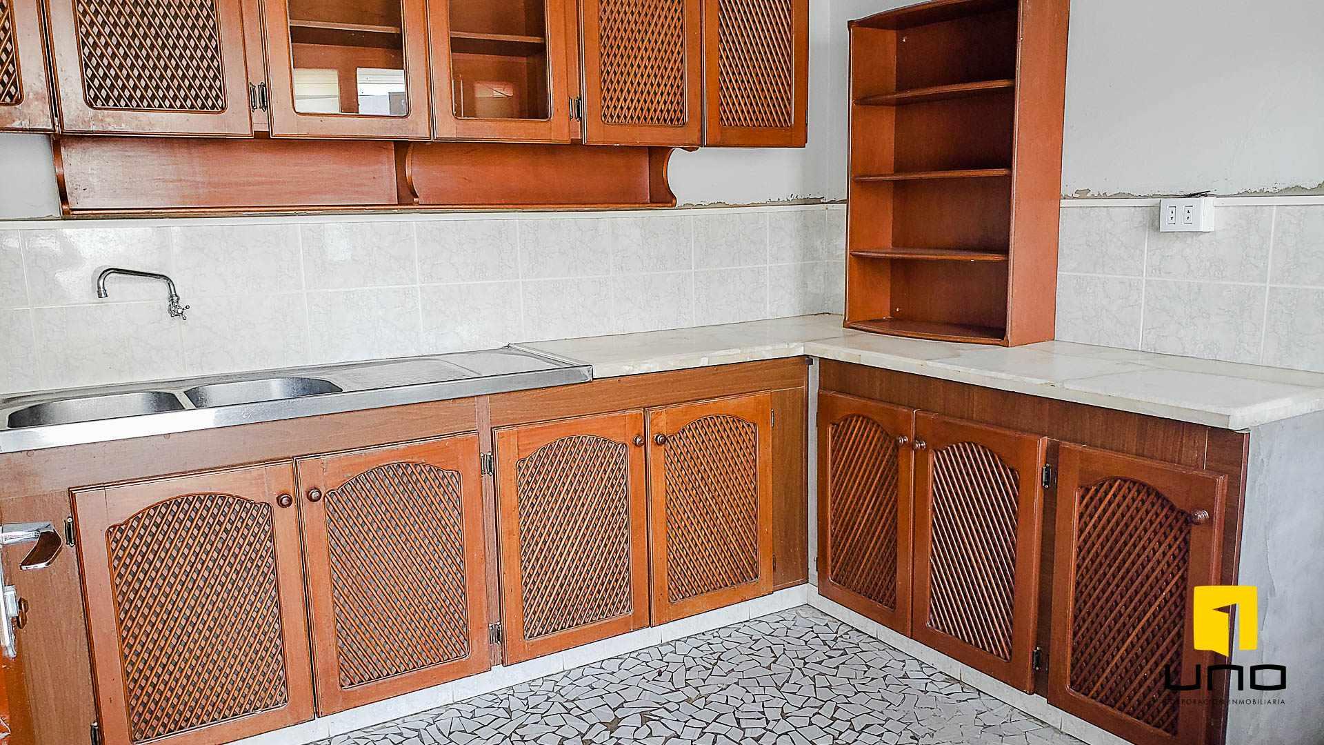 Casa en Alquiler BARRIO EQUIPETROL ALQUILO AMPLIA CASA PARA OFICINAS Foto 16