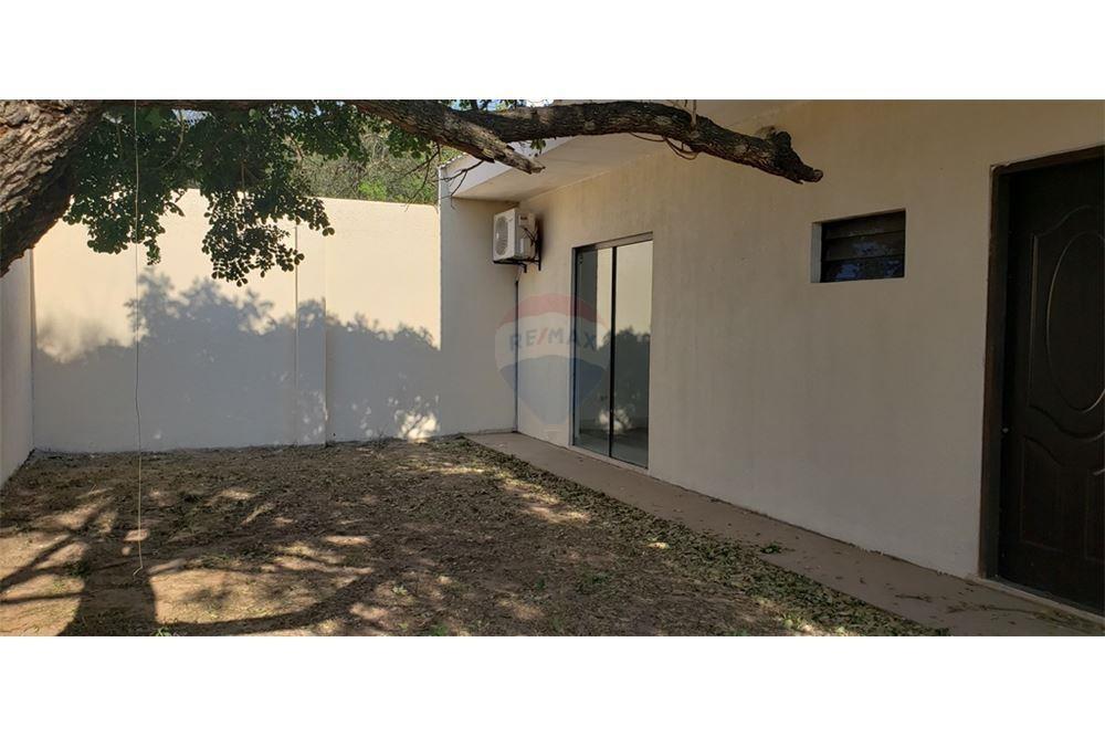 Casa en Alquiler G77 Y AV. INTERNACIONAL Foto 7