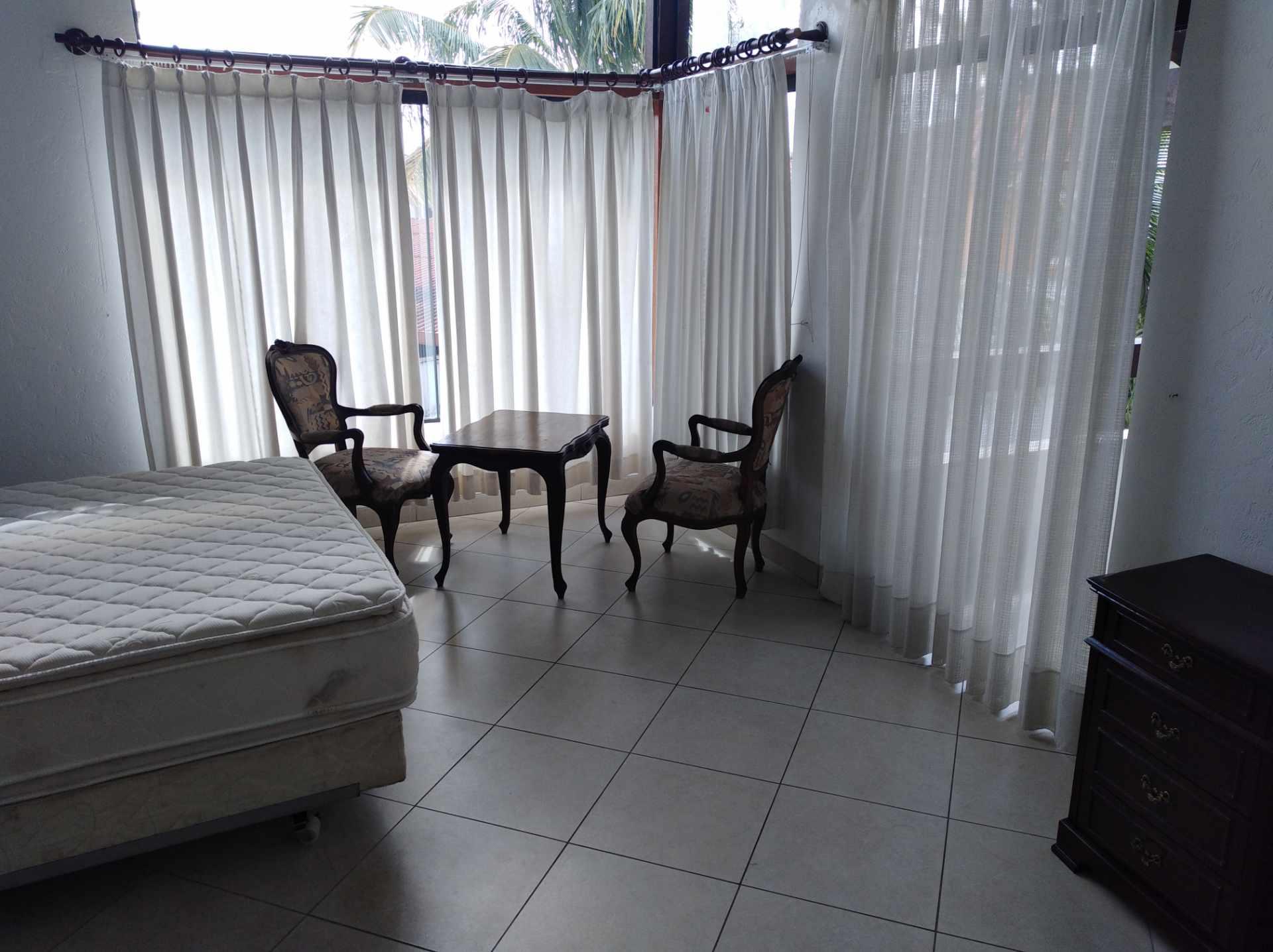 Casa en Alquiler BARRIO LAS PALMAS - AV. RADIAL CASTILLA Foto 7