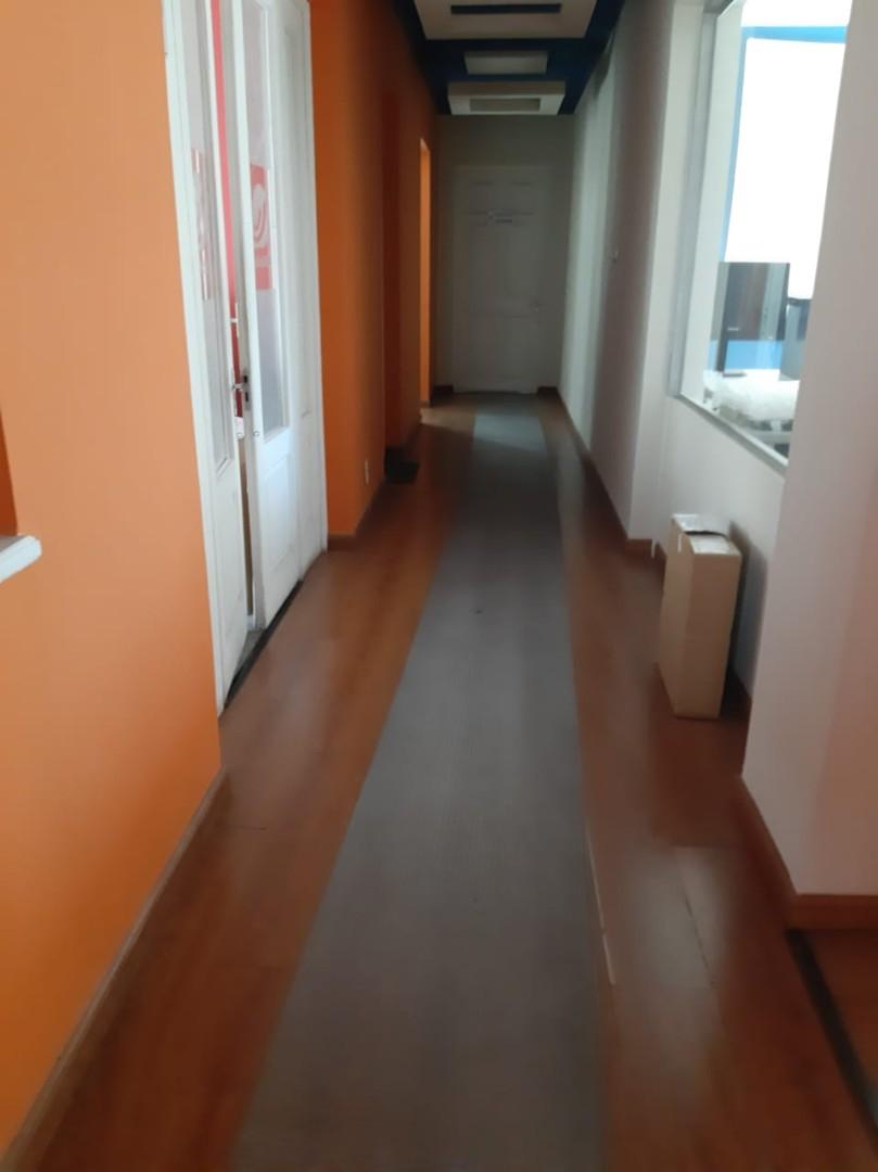 Oficina en Alquiler SOPOCACHI  Av. Ecuador Foto 2