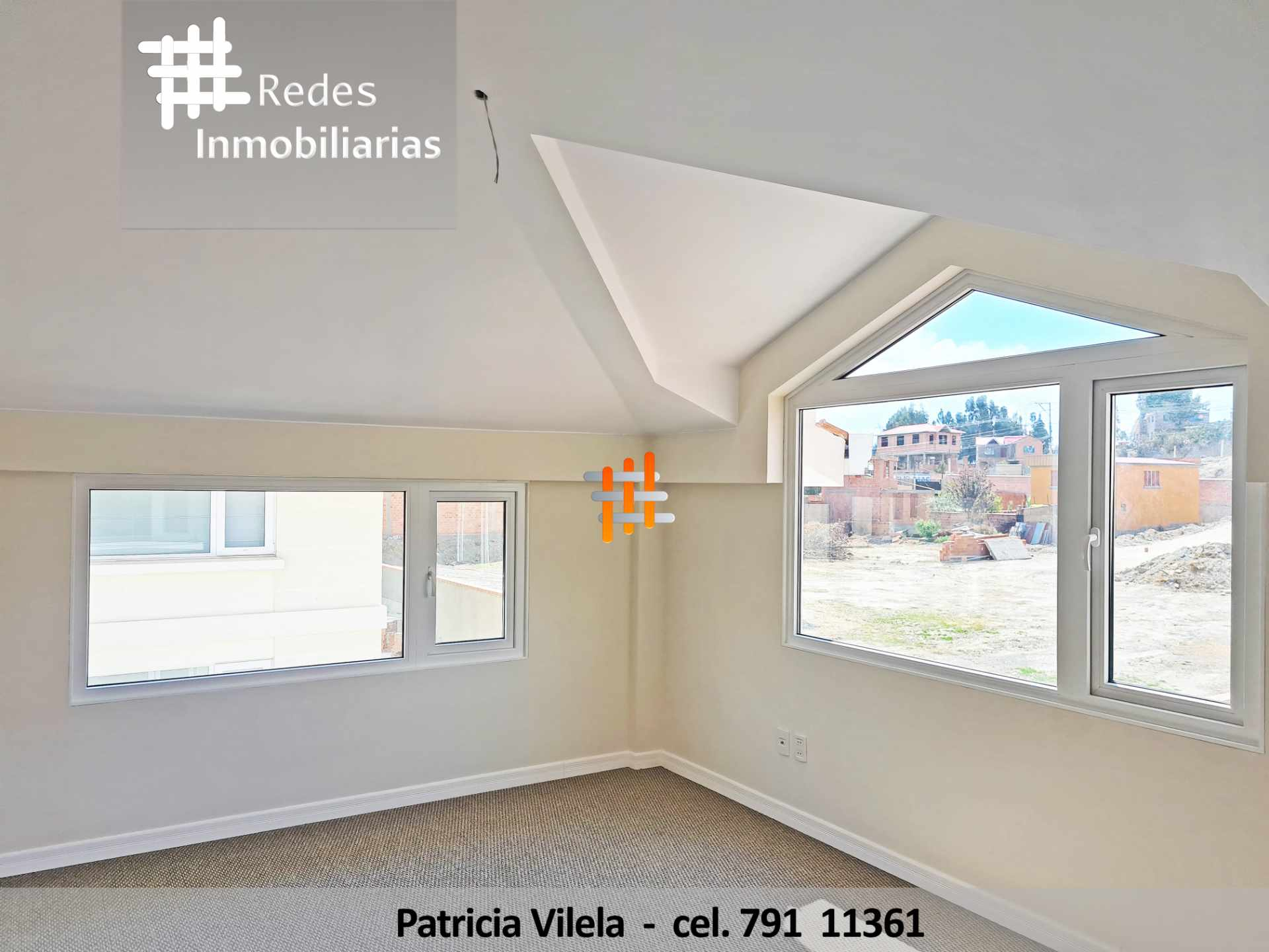 Casa en Venta PRECIOSA CASA EN VENTA CERCA DE UNIVERSIDAD PRIVADA BOLIVIANA  Foto 13