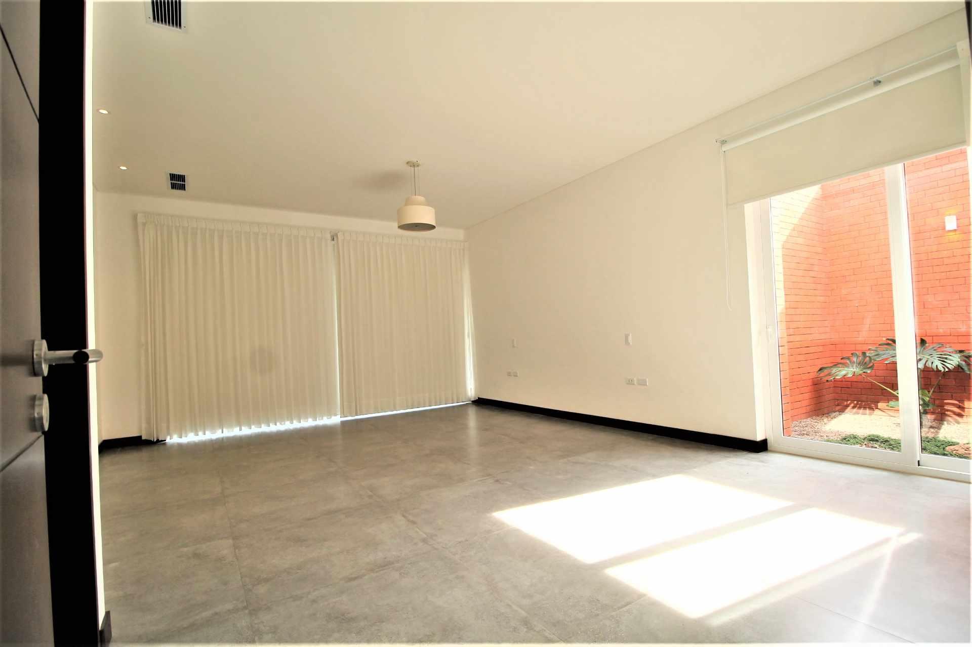 Casa en Alquiler Av. Pirai 5to Anillo - Condominio Cerrado Foto 17