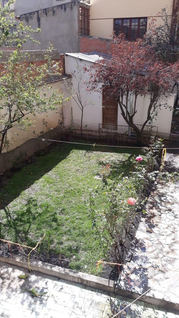 Casa en Alquiler Calle Guerrilleros Lanza 1238 Foto 2