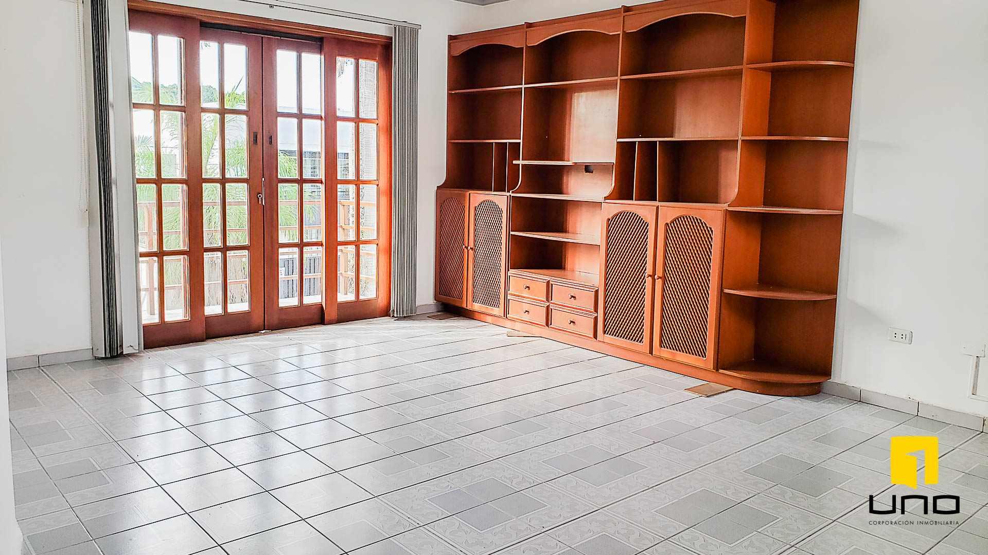 Casa en Alquiler BARRIO EQUIPETROL ALQUILO AMPLIA CASA PARA OFICINAS Foto 7