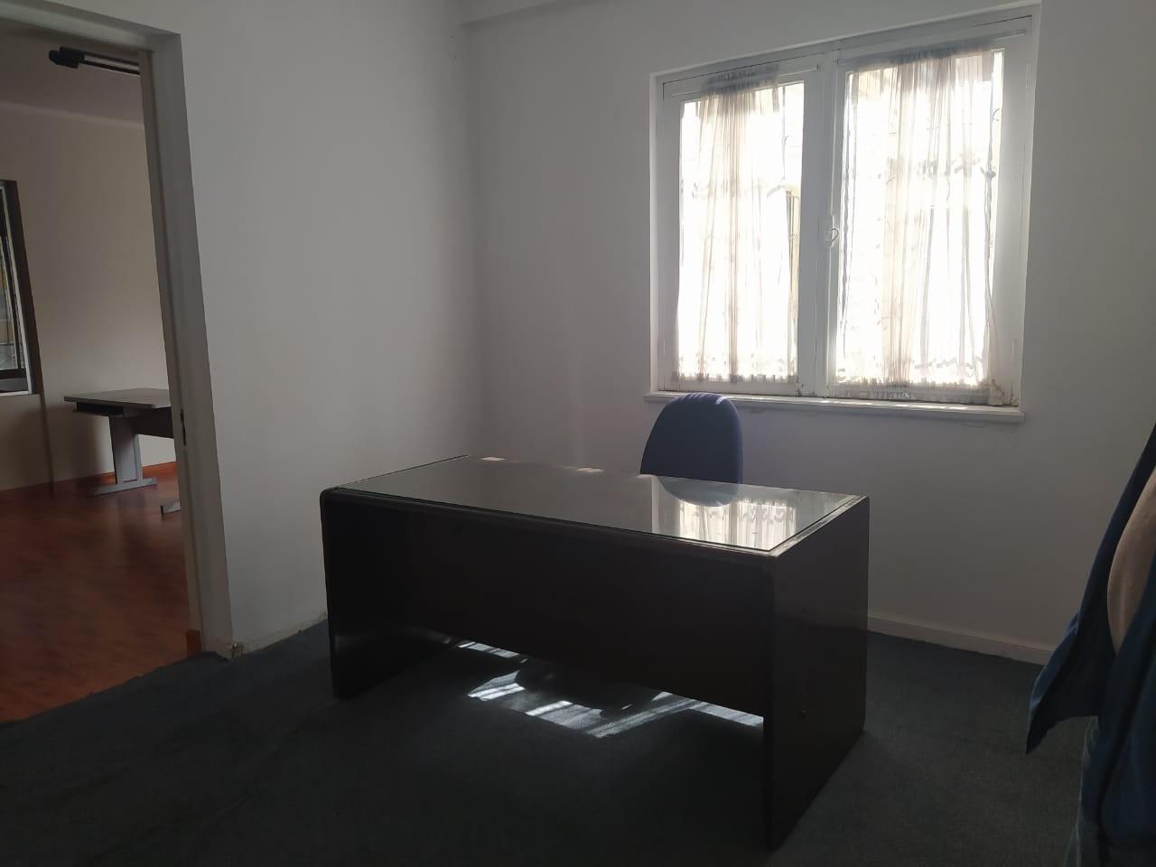 Oficina en Alquiler SOPOCACHI  Av. Ecuador Foto 8