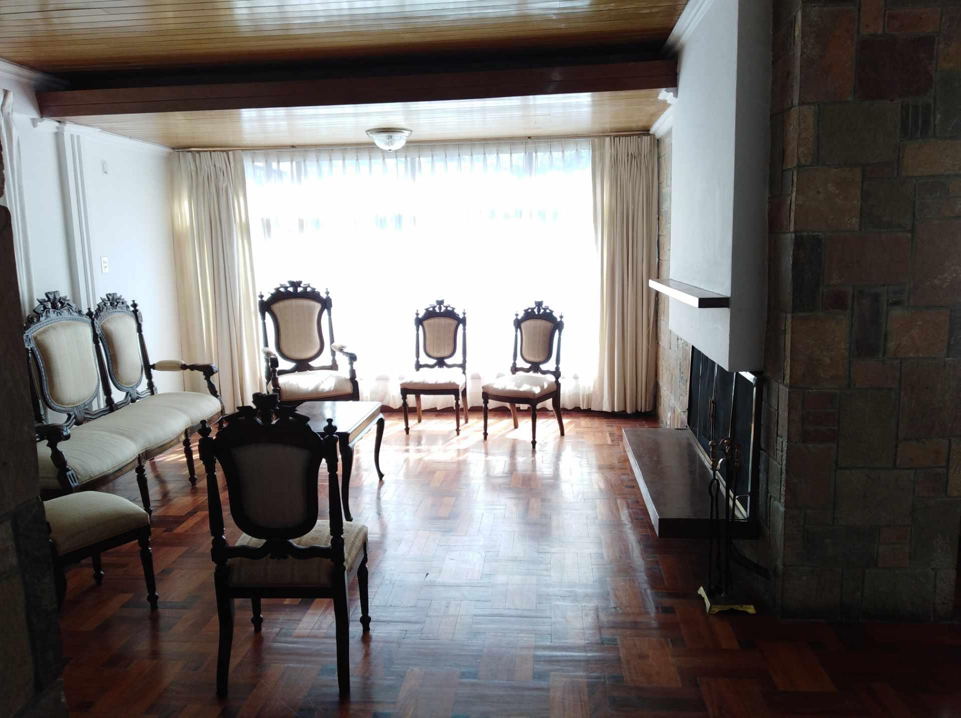 Casa en Alquiler CALACOTO calle 16 a 1/2 cuadra de la Av. Julio C. Patiño.  Foto 16
