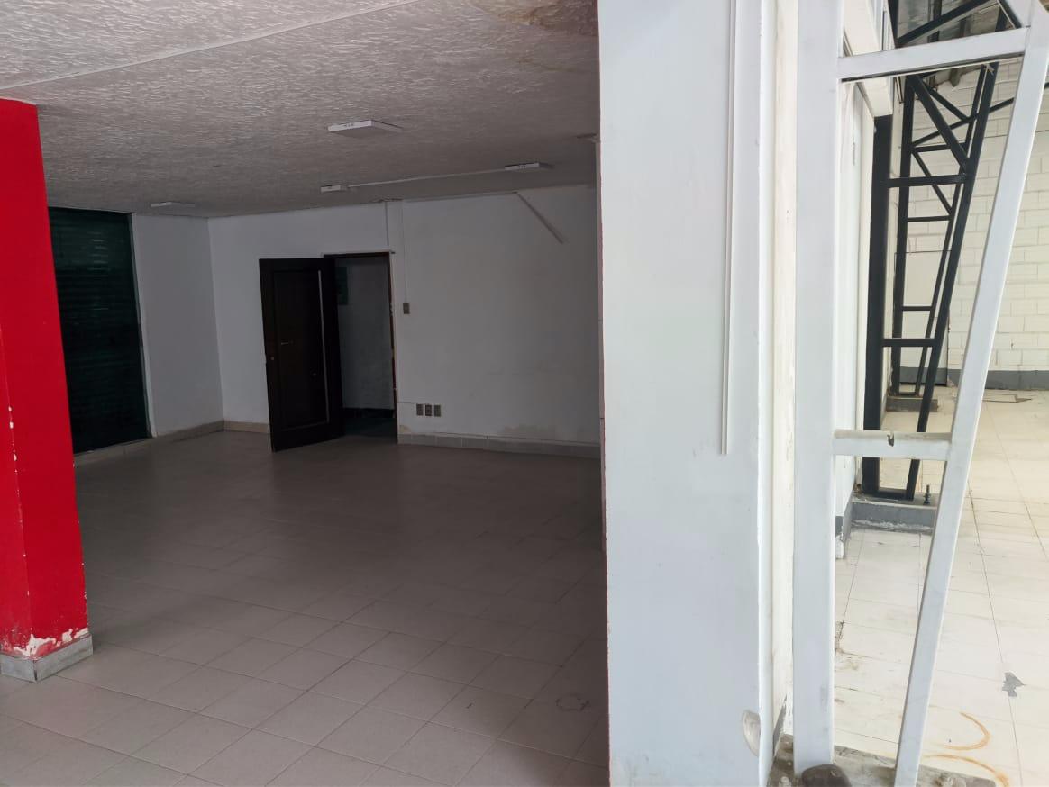 Oficina en Alquiler MIRAFLORES CASA - OFICINA- SHOWROOMS - GALPONES- CERCA ESTADIO Foto 8