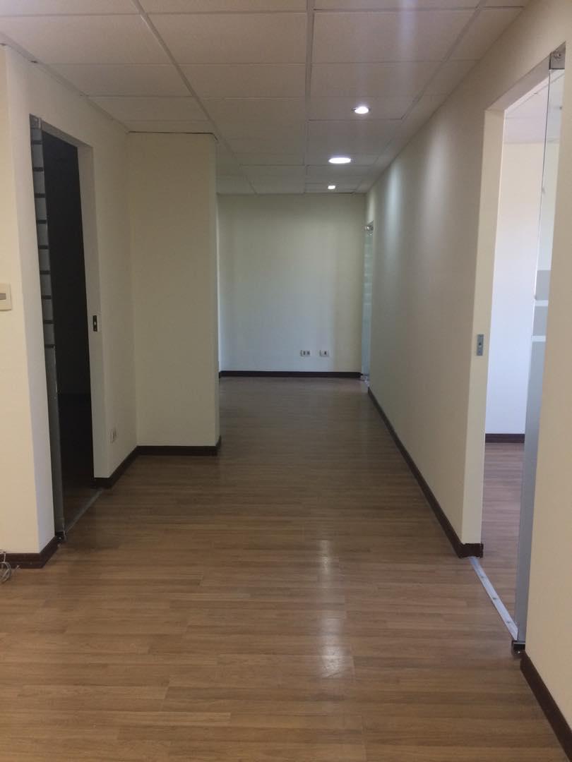 Oficina en Alquiler OFICINA - CALACOTO - A PASOS DE San Miguel Foto 3