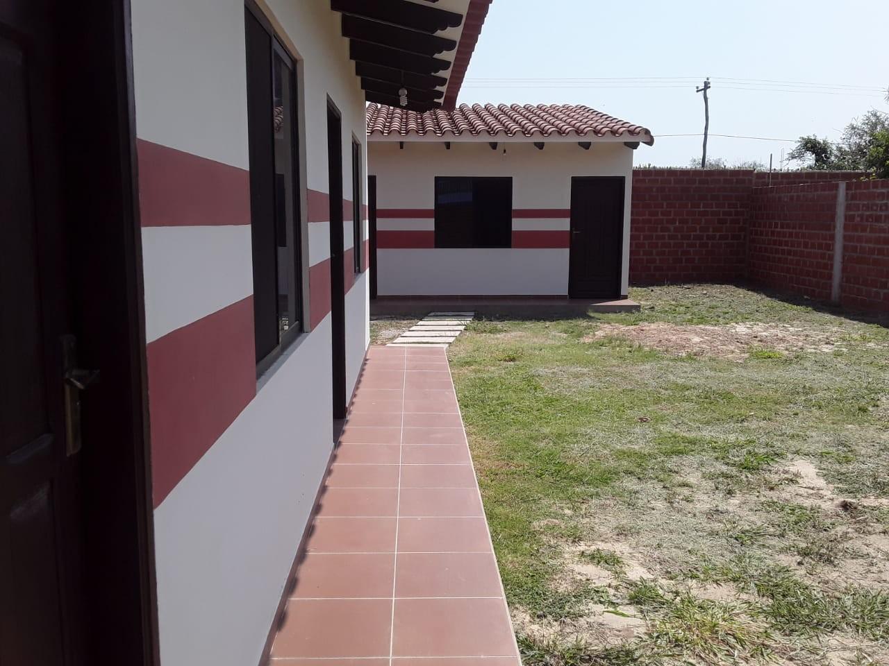 Casa en Venta URBANIZACION LOS PIYOS DOBLE VIA LA GUARDIA KM 9 Foto 9