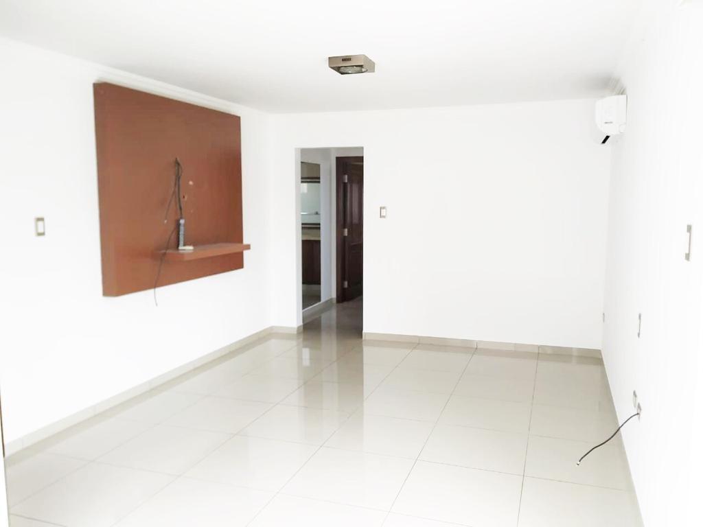 Casa en Alquiler LINDA CASA EN ALQUILER  Foto 9