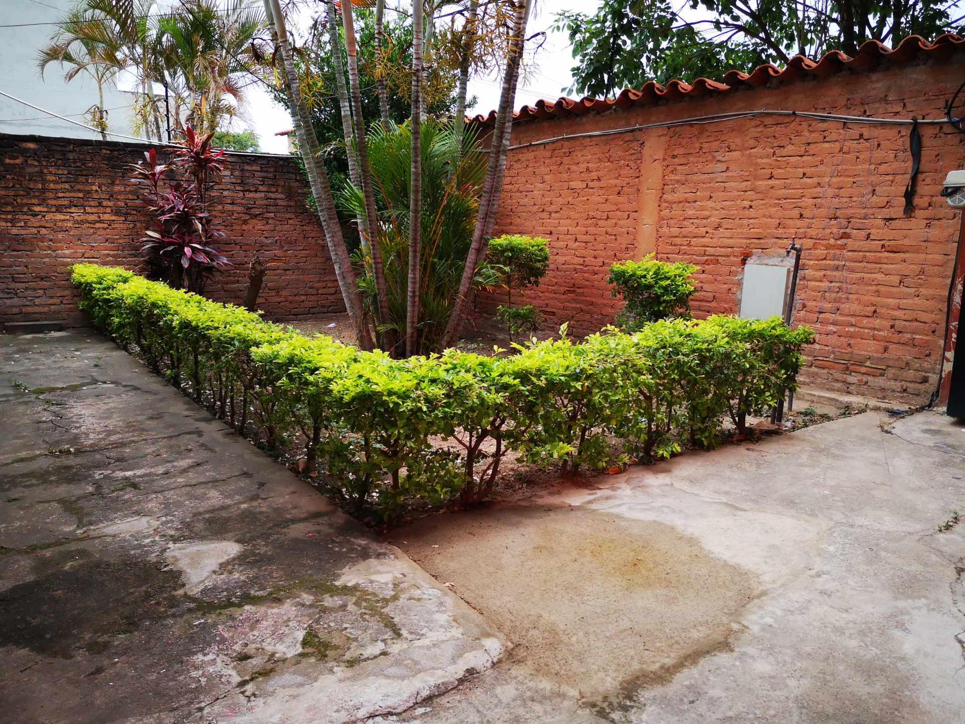 Casa en Alquiler Entre 4to y 5to anilo, entre Radial 10 y Av Sudamericana Calle Asoka Foto 3