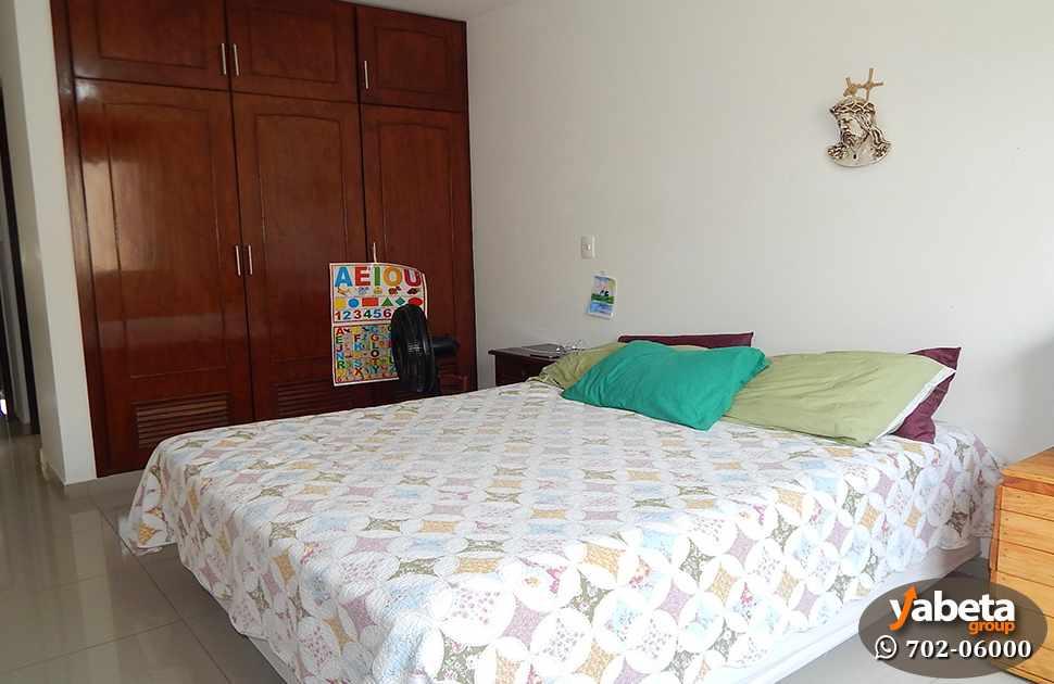 Casa en Venta Casa de 4 Dormitorios Cond. Sevilla Los Jardines Foto 7