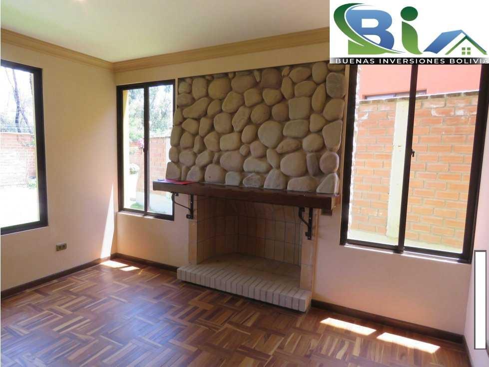Casa en Alquiler $us.850 ALQUILER CASA 4 SUITES EN CONDOMINIO PROX. COL. TIQUIPAYA Foto 6